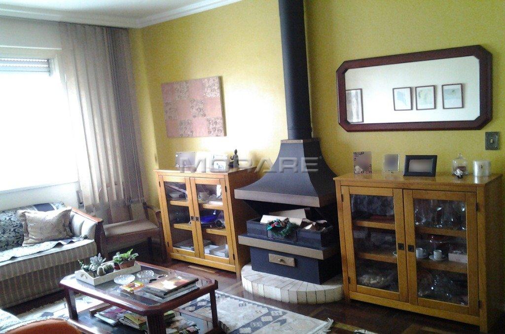 Apartamento       Jardim Botânico, Porto Alegre (25416)
